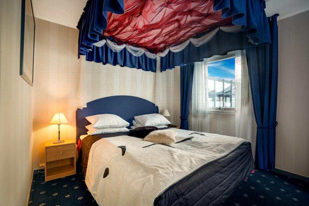 Welcome_inn_hotel_Lyngskroa_room_bedroom_bed_quality